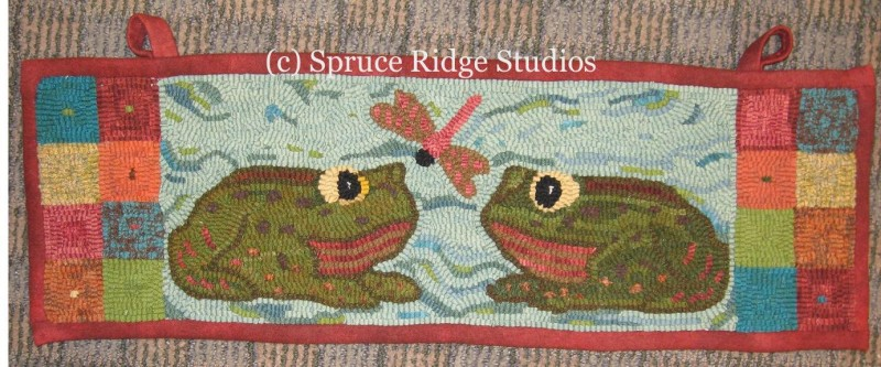 Friendly Frogs Runner sample(Marion Harms)